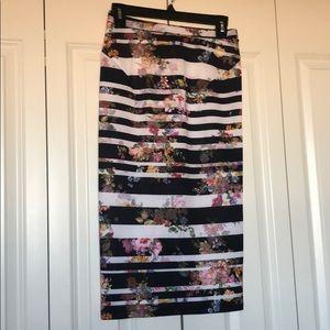 Stripped flower pencil skirt